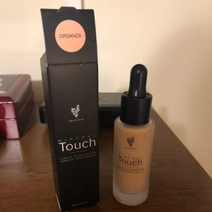 Younique Mineral Touch Foundation (Organza)